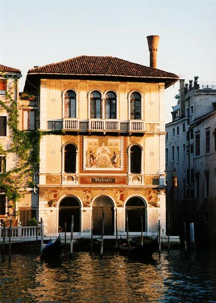Impressive Venetian House 427 x 600 · 54 kB · jpeg